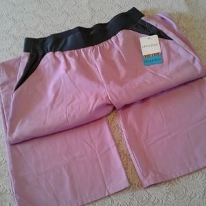 🌺 NWT Cherokee Flexibles Scrub Pants